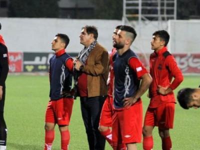 احتمال غیبت ۴ بازیکن اصلی نساجی در بازی با نفت مسجدسلیمان