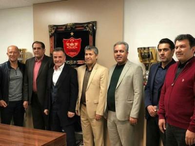 جلسه هیات مدیره باشگاه پرسپولیس با حضور کالدرون برگزار شد
